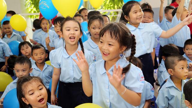 Đề xuất miễn học phí cho học sinh tiểu học ngoài công lập - Ảnh 1.