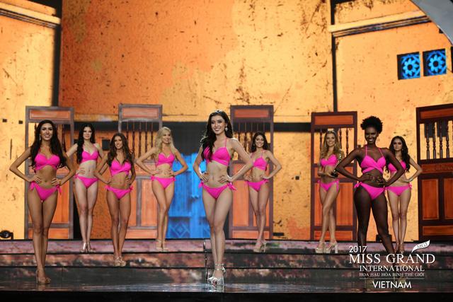 Hoa hậu Peru đoạt vương miện Hoa hậu Hoà bình thế giới 2017 - Ảnh 10.