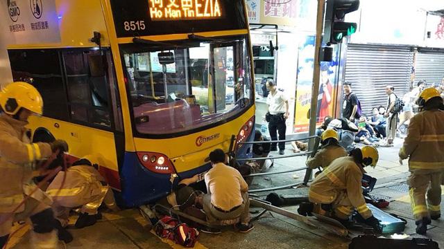 Sự thật về kiểu làm kiệt sức đến chết ở Hong Kong - Ảnh 3.