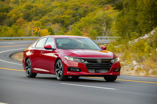 Honda Accord 2018 nâng cấp toàn diện, cạnh tranh với Toyota Camry - Ảnh 2.