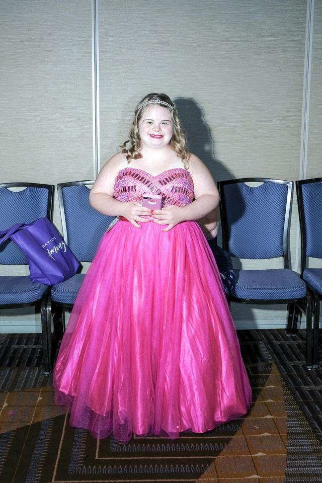 Miss Amazing: những nàng hoa hậu 'phi thường' - Ảnh 7.