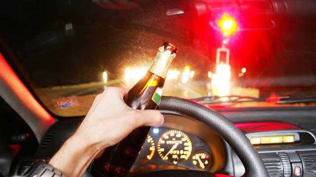 Với xe tự lái, người say xỉn sẽ được lái xe? - Ảnh 1.