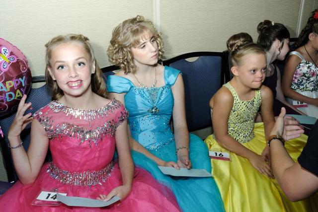 Miss Amazing: những nàng hoa hậu 'phi thường' - Ảnh 17.