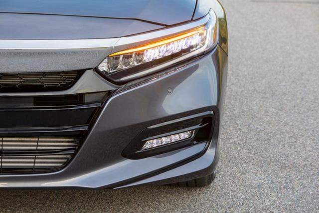 Honda Accord 2018 nâng cấp toàn diện, cạnh tranh với Toyota Camry - Ảnh 5.