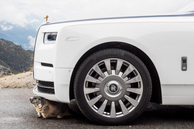 Ngắm siêu phẩm Rolls-Royce Phantom 2017: đẹp không tì vết - Ảnh 4.
