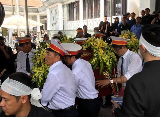 Nghẹn ngào đưa tiễn PGS-TS Văn Như Cương về cõi vĩnh hằng - Ảnh 10.