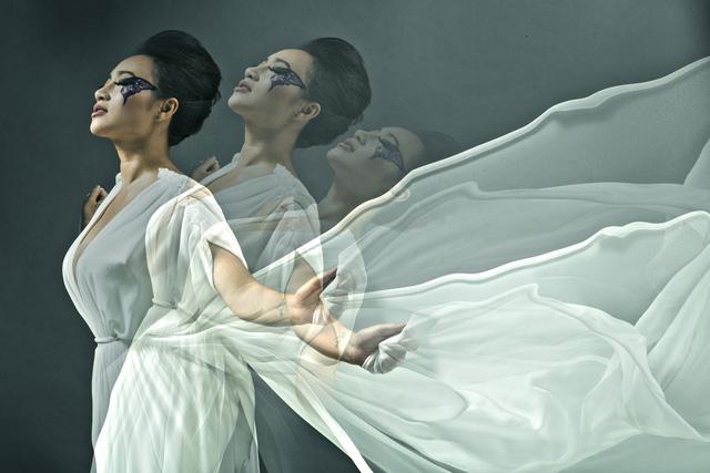 Cô Tấm ngày nay Khánh Linh trở lại với Ngài - Ảnh 2.