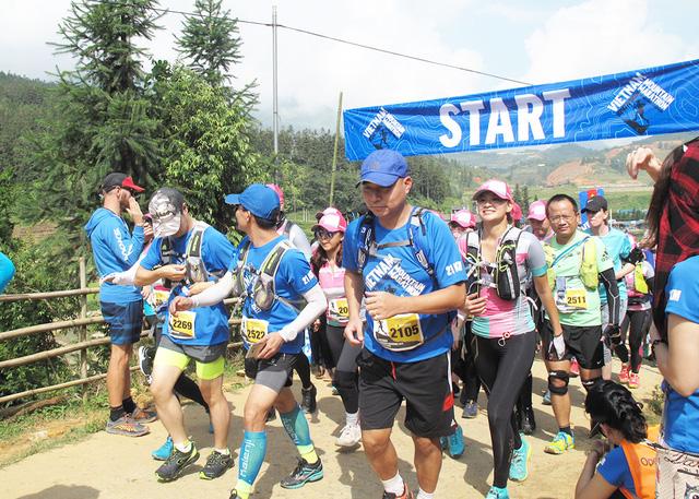 Người Việt đầu tiên vô địch cuộc thi marathon 100km ở Sa Pa - Ảnh 1.