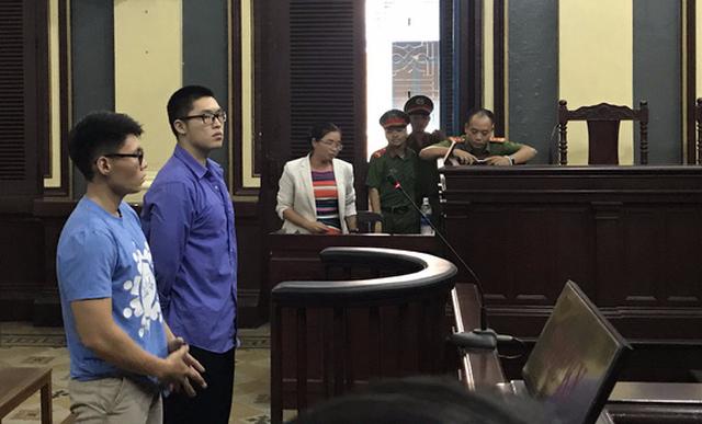 Thanh niên Trung Quốc hầu tòa vì đuổi đánh CSGT - Ảnh 1.