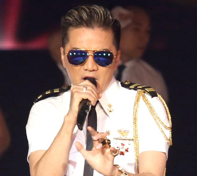 Đàm Vĩnh Hưng vào cuộc chiến giành ngôi vị tại MTV EMA 2017 - Ảnh 2.