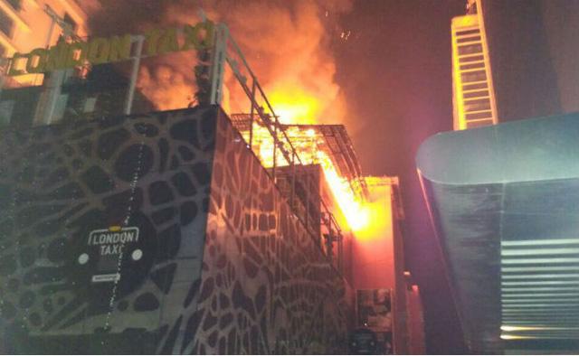 Bữa tiệc sinh nhật thảm khốc ở Mumbai, 15 người chết cháy - Ảnh 1.