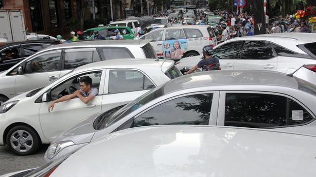 Ôtô vào trung tâm Sài Gòn sẽ phải đóng phí từ 40.000 đồng - Ảnh 2.