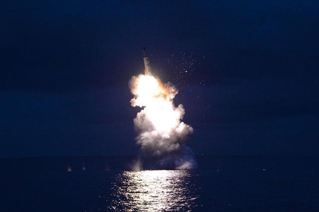 Chân dung ông trùm tên lửa Triều Tiên - Ảnh 2.