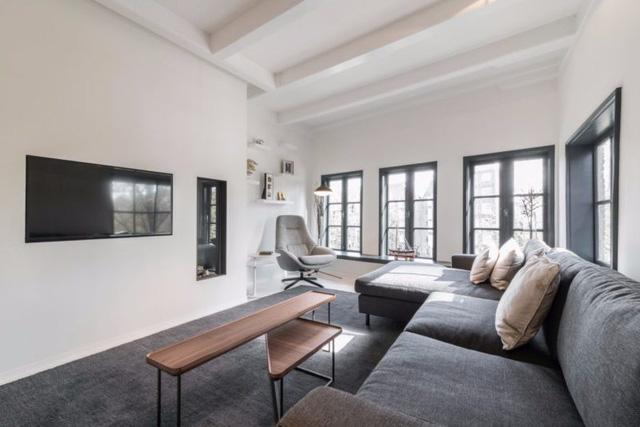 Thiết kế siêu thoáng khiến căn hộ Amsterdam rộng hơn hẳn - Ảnh 8.