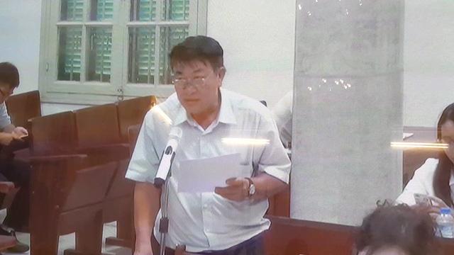 Xét xử cựu đại biểu Quốc hội: bị hại lại đấu luật với luật sư - Ảnh 1.