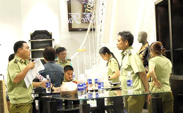 Hàng Trung Quốc đội lốt hàng Việt: còn đáng lo hơn lụa Khaisilk - Ảnh 1.