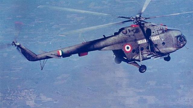 Trực thăng quân sự Ấn Độ gặp nạn, 7 người thiệt mạng - Ảnh 1.