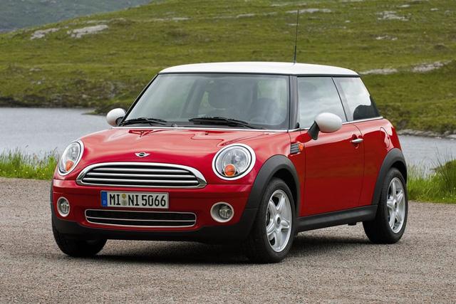 10 xe nhỏ có phiên bản số tự động tốt nhất - Ảnh 5.