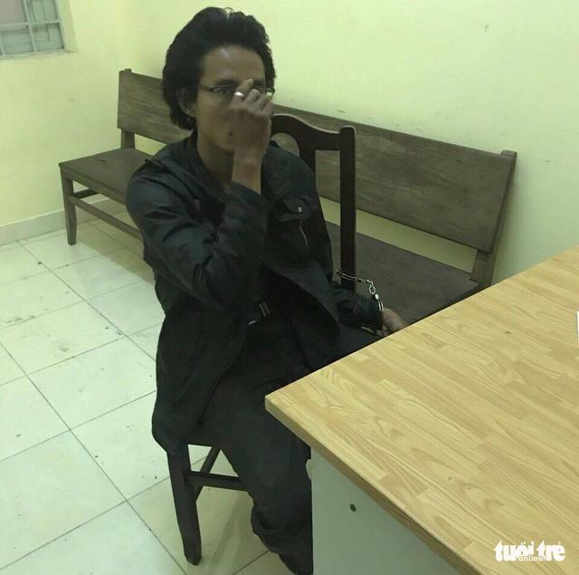 Người chặt hàng loạt kính xe dương tính với ma túy - Ảnh 4.