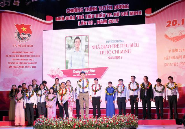 Tuyên dương 148 nhà giáo trẻ tiêu biểu TP.HCM - Ảnh 1.