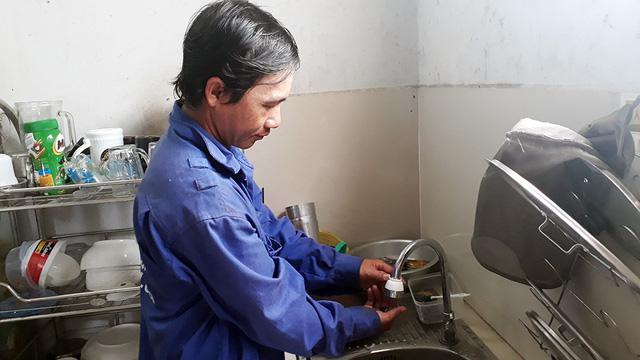 Dân Phú Quốc thiếu nước gần tháng nay và còn kéo dài - Ảnh 1.