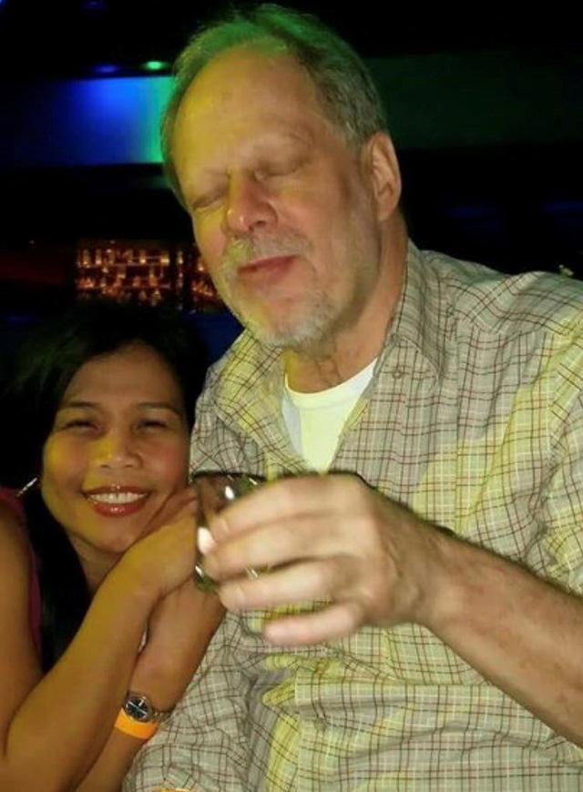 Bạn gái hung thủ thảm sát Las Vegas quay về Mỹ hợp tác điều tra - Ảnh 2.