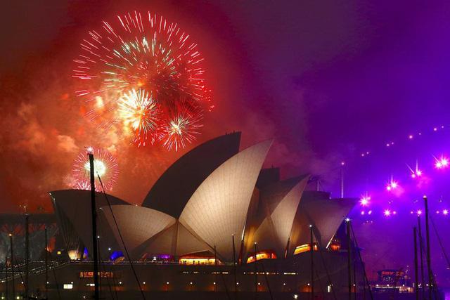 Các nước mở đại tiệc pháo hoa đầy màu sắc chào năm mới 2018 - Ảnh 5.