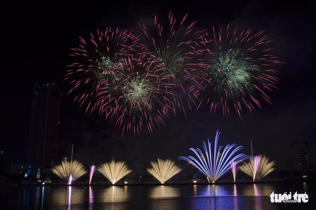 8 đội pháo hoa thi Lễ hội pháo hoa quốc tế Đà Nẵng 2018 - Ảnh 1.