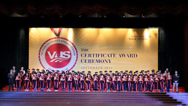 Học viện VUS nhận chứng chỉ Anh ngữ quốc tế - Ảnh 1.
