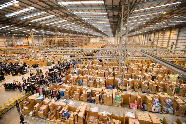 Tiếp cận hàng hóa toàn cầu nhờ thương mại điện tử xuyên biên giới - Ảnh 2.