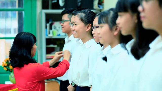 MV hoành tráng mừng trường Trưng Vương 100 tuổi - ảnh 2