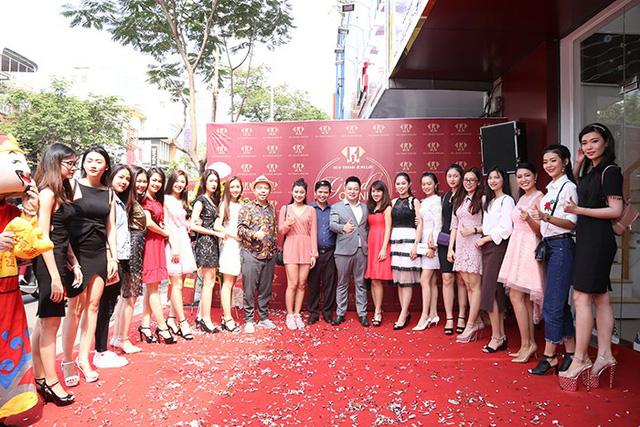 Huy Thanh Jewelry khai trương thêm showroom thứ 11 tại TP. HCM - Ảnh 2.