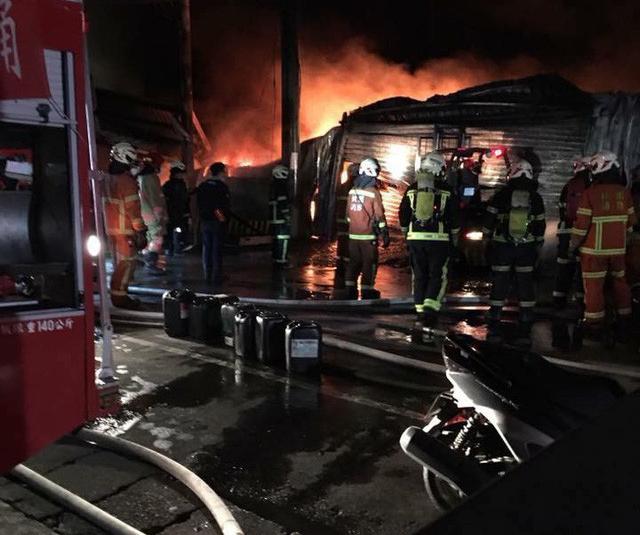 Cháy nhà máy ở Đài Loan, 6 công nhân Việt tử nạn - Ảnh 4.