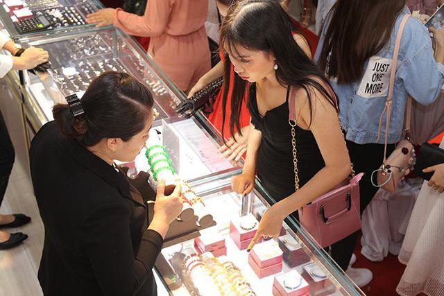 Huy Thanh Jewelry khai trương thêm showroom thứ 11 tại TP. HCM - Ảnh 5.
