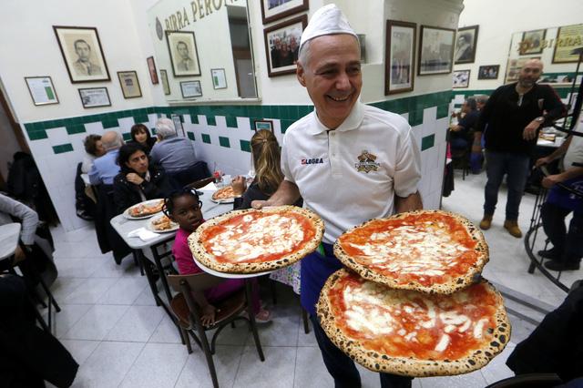 Bánh pizza Ý trở thành Di sản văn hóa phi vật thể - Ảnh 3.