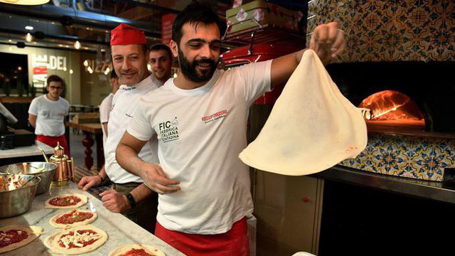 Bánh pizza Ý trở thành Di sản văn hóa phi vật thể - Ảnh 1.