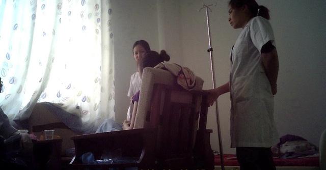 Tước giấy phép hoạt động nhiều phòng khám Trung Quốc - Ảnh 2.