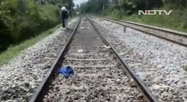 Chụp hình tự sướng trên đường ray, 3 sinh viên Ấn bị tông chết - Ảnh 1.