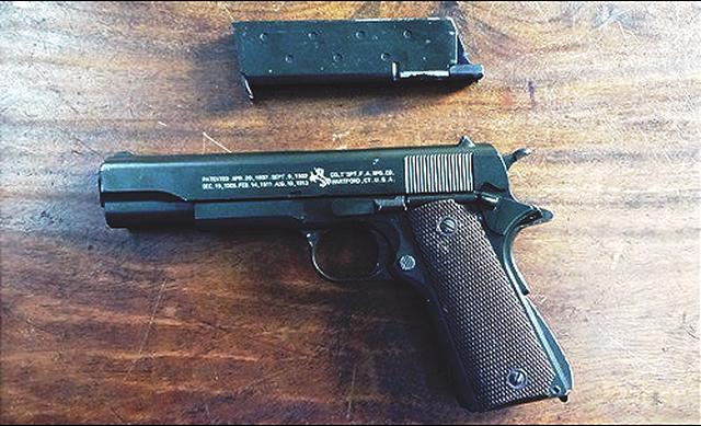 Hai nhóm thanh niên dùng súng, mìn tự chế hỗn chiến - Ảnh 2.