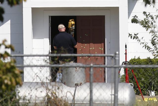 Kẻ xả súng ở Texas từng trốn khỏi bệnh viện tâm thần - Ảnh 1.