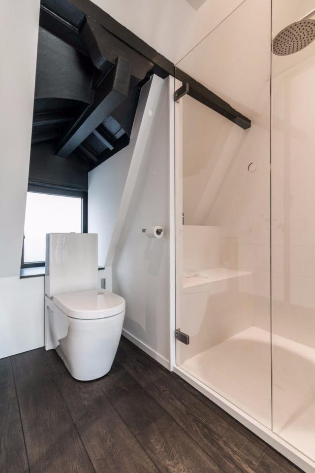 Thiết kế siêu thoáng khiến căn hộ Amsterdam rộng hơn hẳn - Ảnh 4.