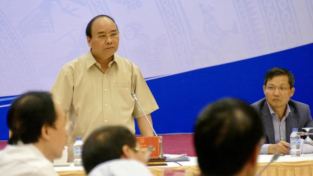 Thủ tướng đối thoại với 14 chủ tập đoàn kinh tế tư nhân - Ảnh 1.
