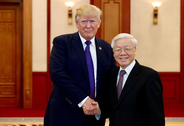 Tàu sân bay Mỹ sẽ đến thăm cảng Việt Nam - Ảnh 2.