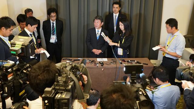 Bộ trưởng họp đến 3 giờ sáng, TPP dự kiến sẽ có tên mới - Ảnh 1.