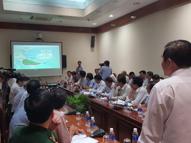 Tiền Giang sẵn sàng sơ tán 40.000 dân ứng phó với bão số 16 - Ảnh 2.