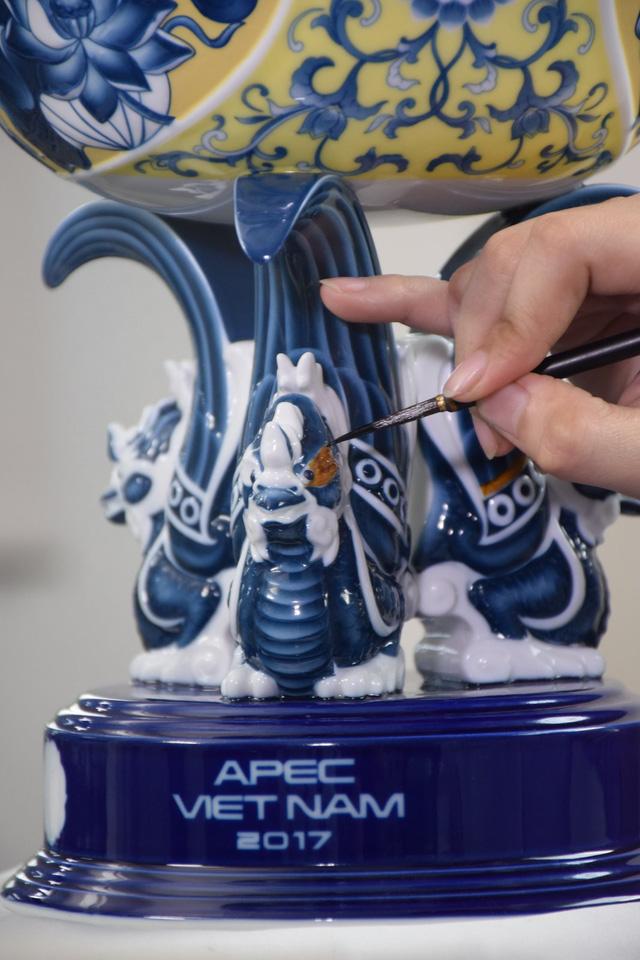Khám phá hành trình tạo tác Chén Ngọc, quà tặng APEC 2017 - Ảnh 8.