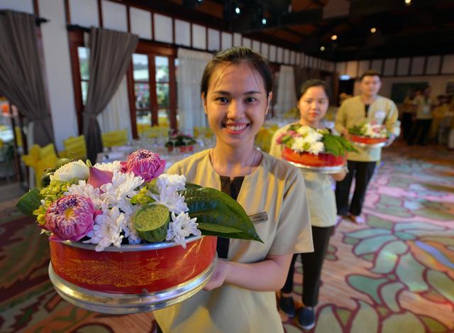Kết quả hình ảnh cho tiệc chiêu đãi khách cấp cao apec tại furama resort đà nẵng