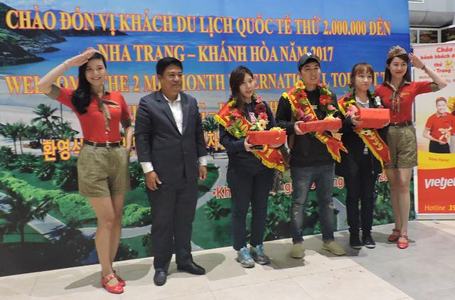 Nha Trang - Khánh Hòa đón vị khách thứ 2 triệu trong năm 2017 - Ảnh 1.