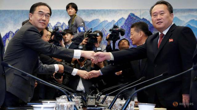 Hàn Quốc, Triều Tiên đồng ý nối lại đường sắt và đường bộ - Ảnh 1.