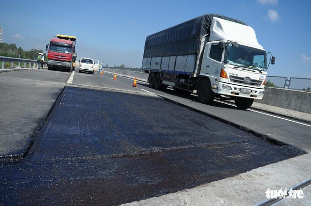 Cao tốc Đà Nẵng - Quảng Ngãi được sửa xong - Ảnh 6.